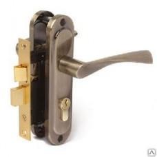 Замок врезной с ручкой на накл.панели Аверс 0823/60-AB бронза, ключ/ключ, п